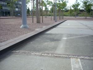 ドイツの貨物鉄道跡地が再開発により公園となった(Errlenmat park)。いたるところにレール等が再利用されている。